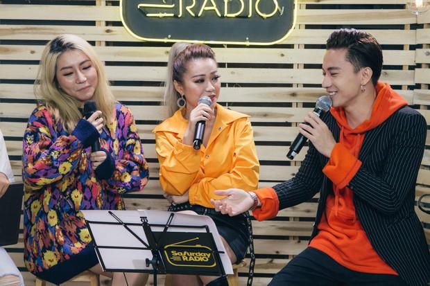 Clip: Orange lần đầu hát Người Lạ Ơi phiên bản solo acoustic, cover liên khúc Xuân ăn ý cùng MiA và S.T (365) - Ảnh 9.