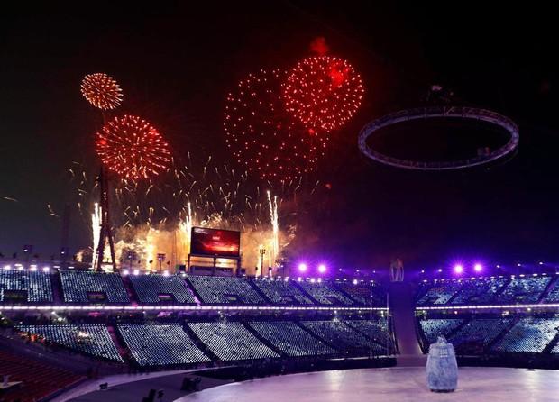 Nữ hoàng trượt băng Kim Yuna thắp đuốc khai mạc Olympics mùa Đông 2018 - Ảnh 13.