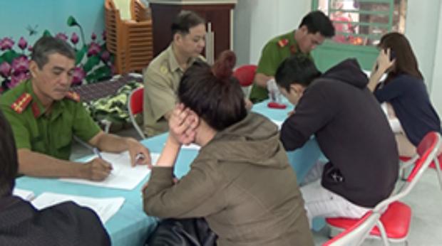 Cận Tết phát hiện nhiều thanh niên phê ma tuý trong khách sạn ở Sài Gòn - Ảnh 3.