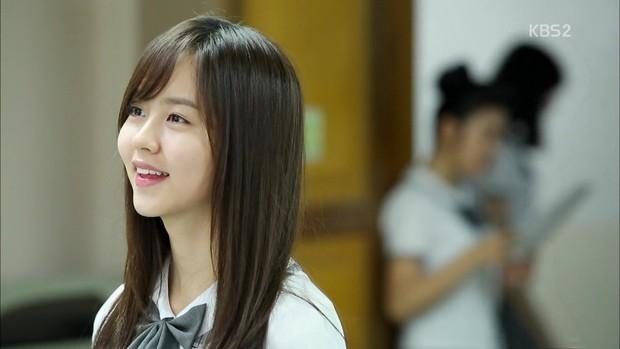 Vừa hay vừa không tốn thời gian - 7 phim Hàn ngắn tập hoàn hảo để cày dịp Tết - Ảnh 9.