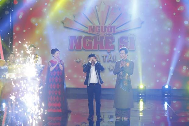 Trưởng nhóm X-Pro - Hữu Tín giành ngôi Quán quân Người nghệ sĩ đa tài mùa 2 - Ảnh 1.