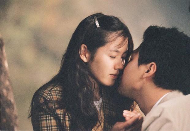 Đắm mình trong vị yêu qua 7 phim điện ảnh Hàn Quốc nhân ngày lễ Tình Nhân - Ảnh 4.