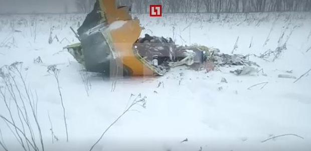 Tai nạn máy bay thảm khốc ở Nga, cả 71 người đều thiệt mạng - Ảnh 2.