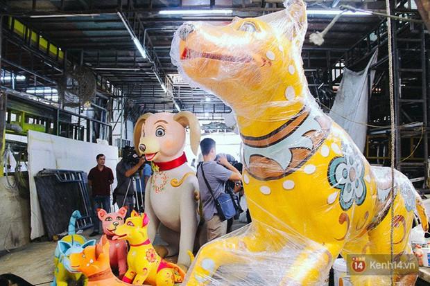 Nhìn lại hình ảnh những linh vật ở đường hoa Nguyễn Huệ trong 5 năm trở lại đây - Ảnh 19.