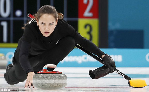 Nữ VĐV Nga bỗng nhiên nổi tiếng vì đẹp tựa nữ thần - Ảnh 1.