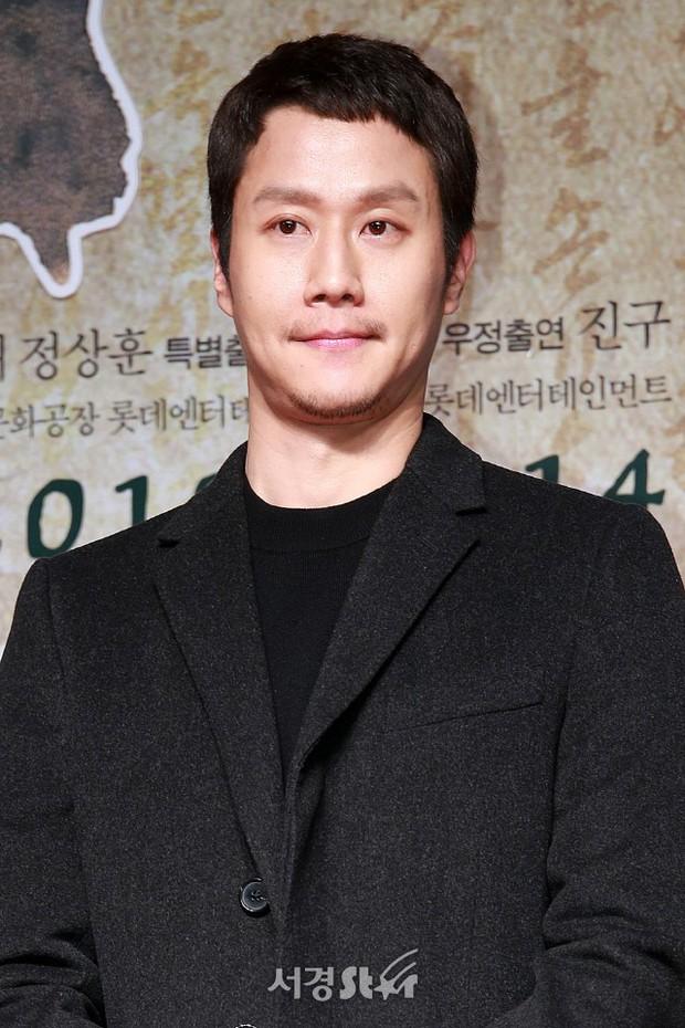 Sự kiện hội tụ gần 40 ngôi sao: Hyomin và Jaekyung chiếm hết spotlight, nam phụ Jung Hae In quá điển trai - Ảnh 15.