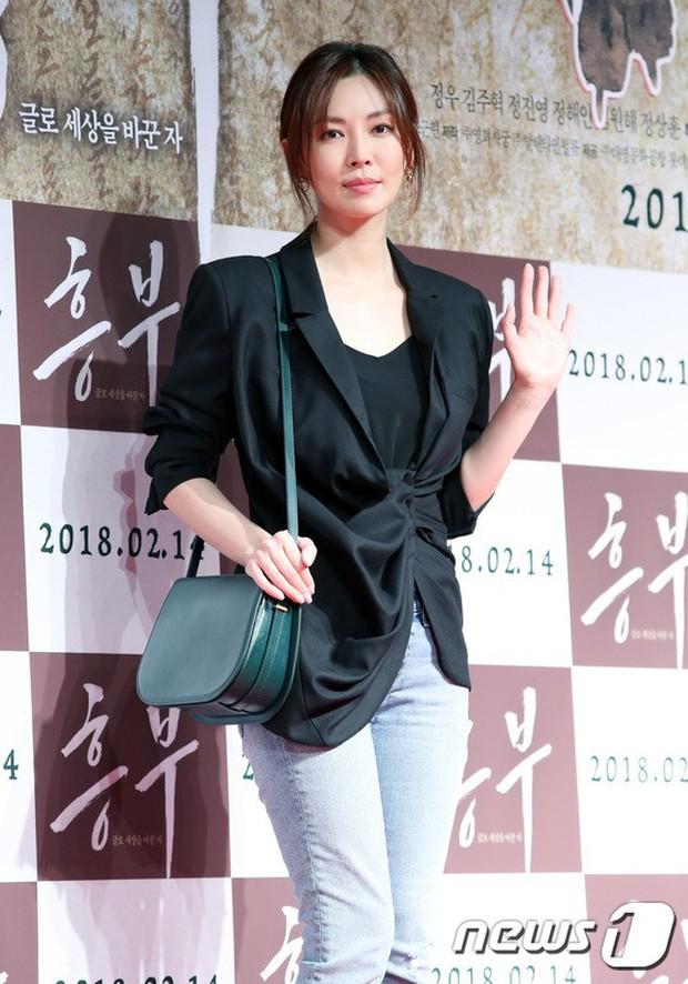 Sự kiện hội tụ gần 40 ngôi sao: Hyomin và Jaekyung chiếm hết spotlight, nam phụ Jung Hae In quá điển trai - Ảnh 10.