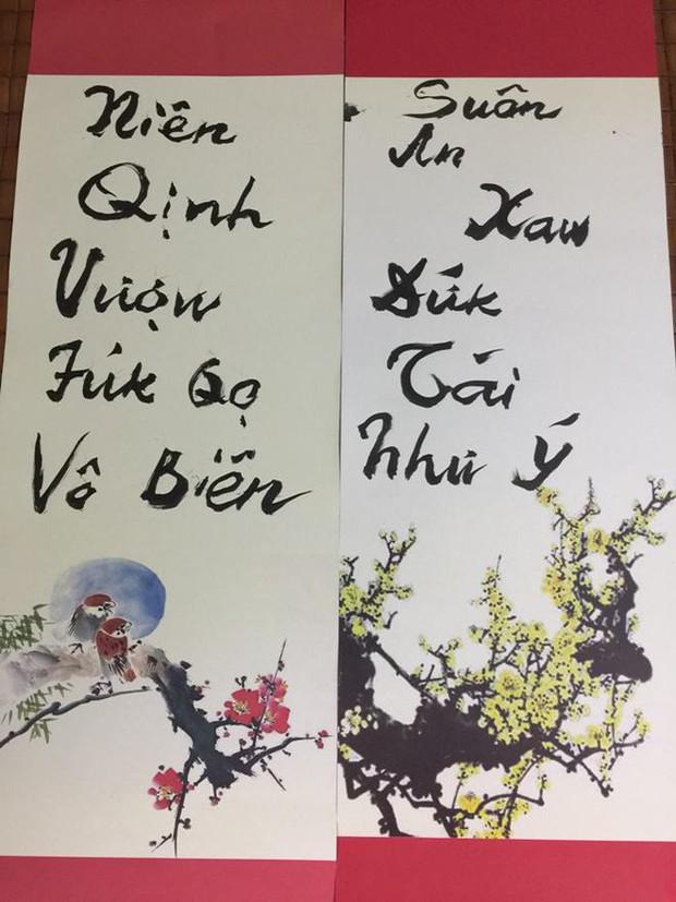 PGS Bùi Hiền chuyển đôi câu đối Tết sang ngôn ngữ Tiếw Việt - Ảnh 2.