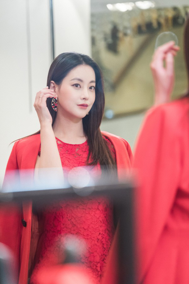 Hoa Du Ký: Thành Bạch Cốt Tinh, Tam Tạng biến hình quá xinh đẹp khiến fan lo lắng - Ảnh 1.