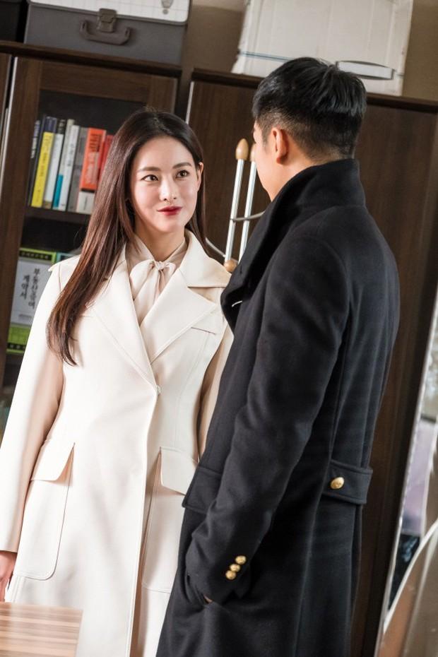 Hoa Du Ký: Thành Bạch Cốt Tinh, Tam Tạng biến hình quá xinh đẹp khiến fan lo lắng - Ảnh 5.
