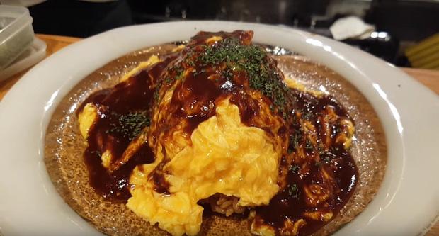 Màn phục vụ trứng rán ảo diệu như ảo thuật ở Nhật Bản khiến các thực khách tròn xoe mắt vì ngạc nhiên - Ảnh 5.