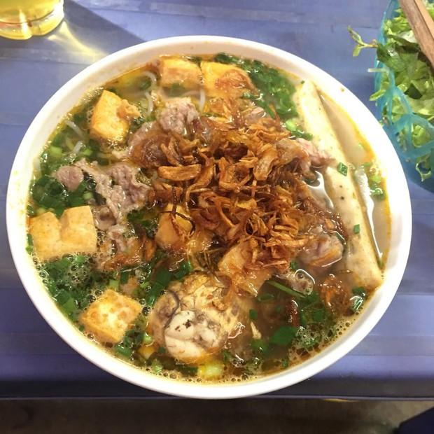 Một loạt quán ăn bình dân nổi tiếng ở Hà Nội mở xuyên Tết để bạn có thể đi ăn ngay từ mùng 1 - Ảnh 3.