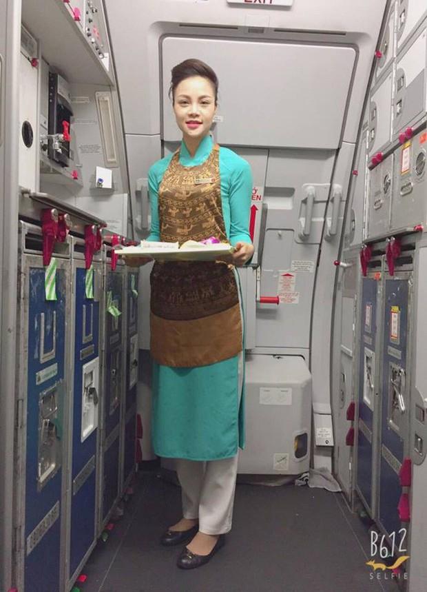 Nữ tiếp viên hàng không xinh đẹp kể về những đêm đón giao thừa trên máy bay, những ngày Tết rời phi trường là lao vào bếp  - Ảnh 1.