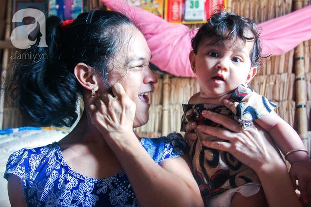 Tết mới của gia đình người mẹ điên ở Trà Vinh: Ấm áp và tràn ngập tiếng cười nhờ những tấm lòng - Ảnh 1.