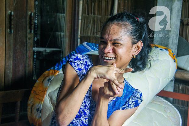 Tết mới của gia đình người mẹ điên ở Trà Vinh: Ấm áp và tràn ngập tiếng cười nhờ những tấm lòng - Ảnh 5.