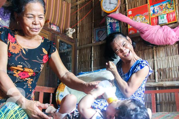 Tết mới của gia đình người mẹ điên ở Trà Vinh: Ấm áp và tràn ngập tiếng cười nhờ những tấm lòng - Ảnh 8.