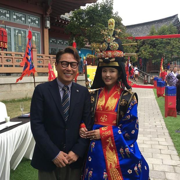 """Những mỹ nhân có khả năng trở thành những """"bảo bối không tuổi"""" u50 của làng giải trí Hàn trong 10 năm nữa - Ảnh 24."""