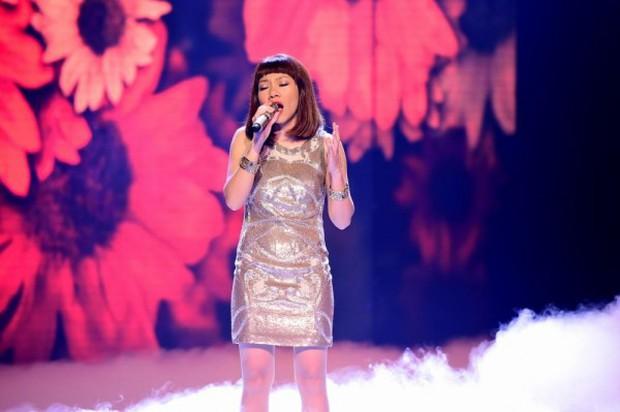 Nghe loạt hit đình đám của ca sĩ trẻ được các Diva thổi làn gió mới - Ảnh 4.