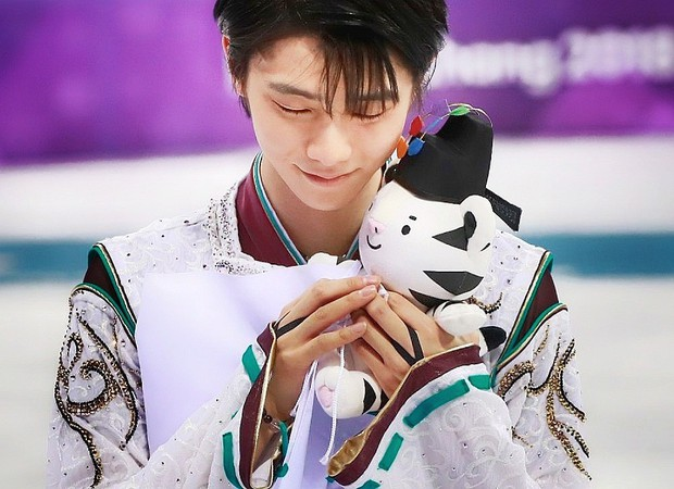 Những khoảnh khắc khiến bạn không thể ngừng yêu hoàng tử sân băng Nhật Bản Yuzuru Hanyu - Ảnh 8.