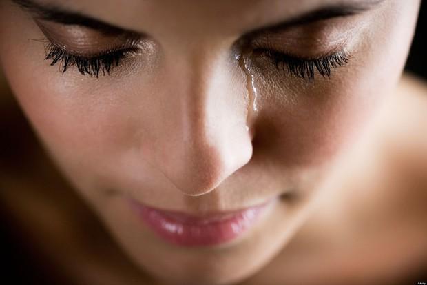 Đừng chủ quan bỏ qua nếu thấy mắt xuất hiện các triệu chứng bất thường sau - Ảnh 2.