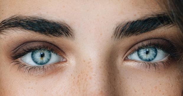 Đừng chủ quan bỏ qua nếu thấy mắt xuất hiện các triệu chứng bất thường sau - Ảnh 5.