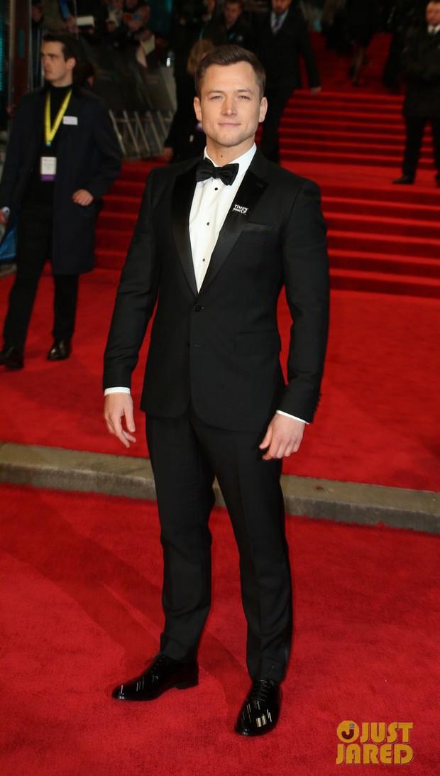 Thảm đỏ Oscar Anh Quốc: Dàn siêu sao tiếp tục khoe sắc với váy đen để ủng hộ phong trào chống quấy rối tình dục - Ảnh 29.