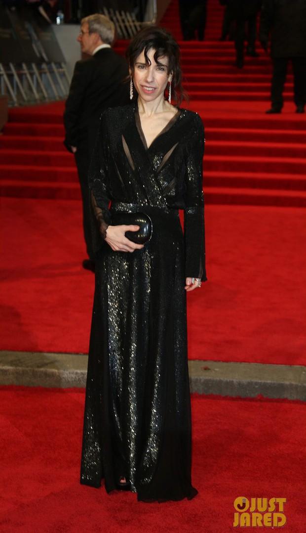 Thảm đỏ Oscar Anh Quốc: Dàn siêu sao tiếp tục khoe sắc với váy đen để ủng hộ phong trào chống quấy rối tình dục - Ảnh 25.