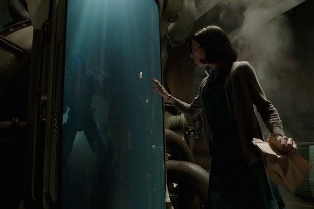 The Shape of Water và câu chuyện đầy xúc động của kẻ ngoại tộc Guillermo del Toro - Ảnh 1.