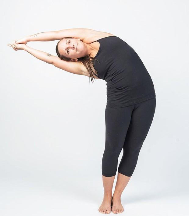 3 tư thế yoga tối ưu chị em có thể tập luyện trong những ngày đèn đỏ - Ảnh 4.