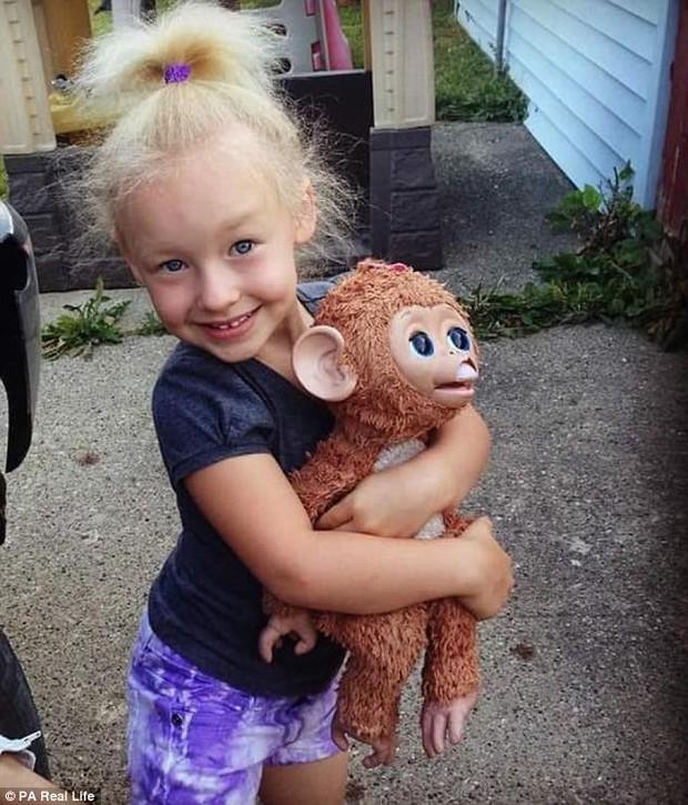 Cô bé 6 tuổi mắc hội chứng hiếm gặp khiến mái tóc dựng đứng bất thường - Ảnh 6.