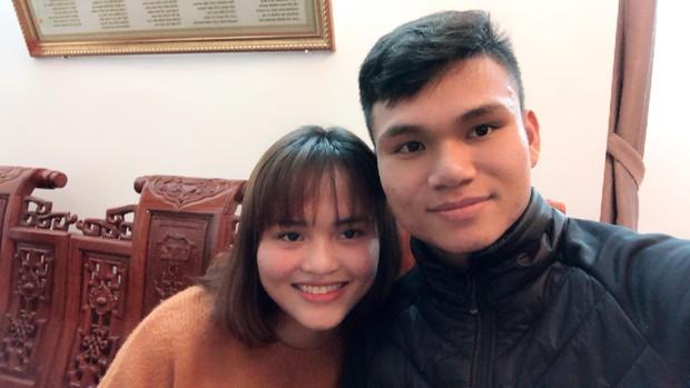 Tết của U23: Người khoe ảnh lãng mạn với bạn gái, người vui vẻ sum họp bên gia đình - Ảnh 9.