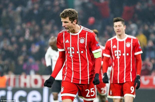 Bayern Munich hủy diệt Besiktas, đặt một chân vào tứ kết Champions League - Ảnh 6.