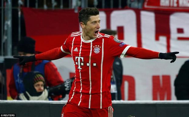 Bayern Munich hủy diệt Besiktas, đặt một chân vào tứ kết Champions League - Ảnh 8.