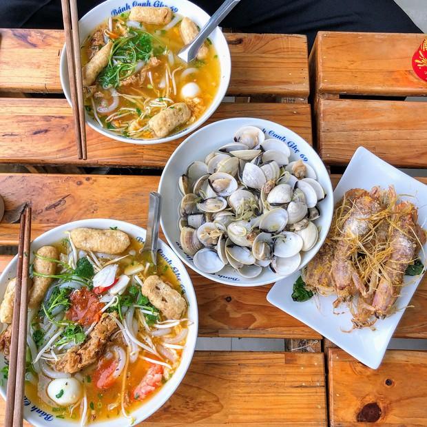 Hết Tết rồi mà vẫn còn nhiều quán xá nổi tiếng Hà Nội chưa mở cửa bán hàng trở lại - Ảnh 19.