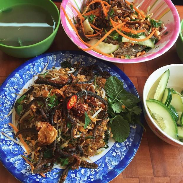 Hết Tết rồi mà vẫn còn nhiều quán xá nổi tiếng Hà Nội chưa mở cửa bán hàng trở lại - Ảnh 32.