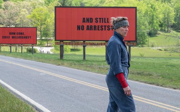 Khóc cười trước tình người ở tác phẩm được mong đợi nhất Oscar lần thứ 90: Three Billboards Outside Ebbing, Missouri - Ảnh 2.