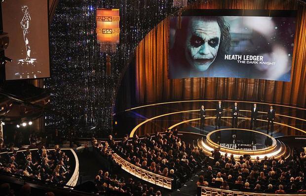 Những phút giây kinh điển nhất của giải Oscar suốt lịch sử Hollywood (Phần cuối) - Ảnh 3.