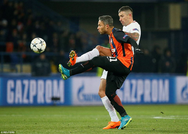 Mục tiêu của Man City lập siêu phẩm, đại diện Ukraine gây bất ngờ lớn ở Champions League - Ảnh 7.