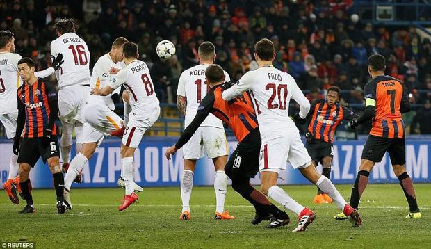Mục tiêu của Man City lập siêu phẩm, đại diện Ukraine gây bất ngờ lớn ở Champions League - Ảnh 8.