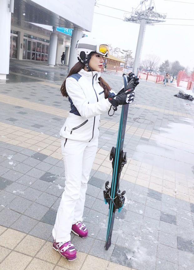 Kỳ Duyên - Diệp Lâm Anh - Hà Lade đăng ảnh dưới tuyết trắng: Xinh đẹp và mặc chất chẳng kém sao nữ Kbiz nào! - Ảnh 5.