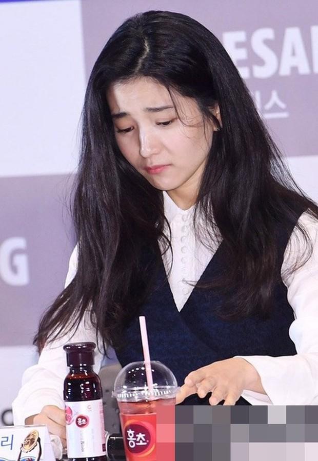 Chỉ bằng một cốc nước, netizen chắc nịch Lee Byung Hun là người có diễn xuất đỉnh nhất xứ Hàn - Ảnh 2.