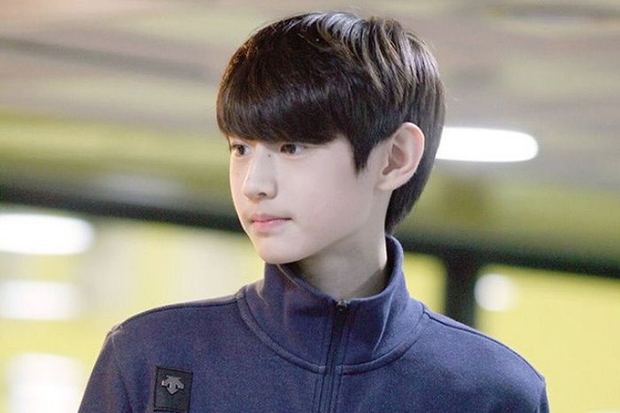 Lộ diện hoàng tử sân băng nữa khiến chị em ngây ngất: Mới 16 tuổi, thần thái Park Sung Hoon đã lôi cuốn thế này rồi! - Ảnh 1.