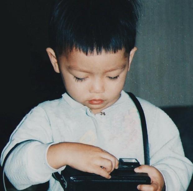 Ảnh hồi bé của Chris Khoa: Chắc kiếp trước cứu thế giới nên bây giờ mới hoàn hảo như thế! - Ảnh 5.