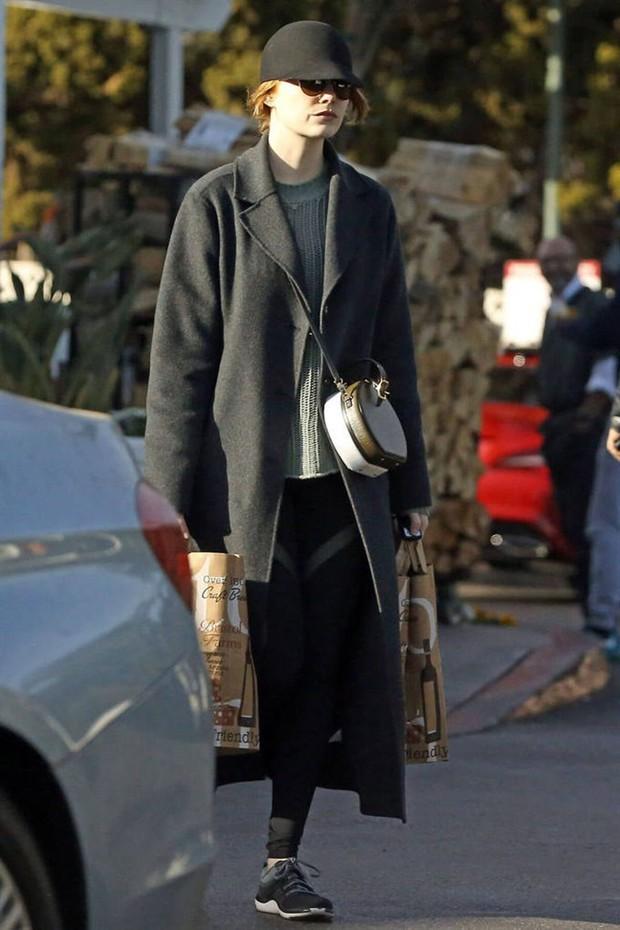 LV Petite Boite Chapeau - chiếc túi có gì đặc biệt mà khiến các tín đồ thời trang thi nhau đụng hàng - Ảnh 24.