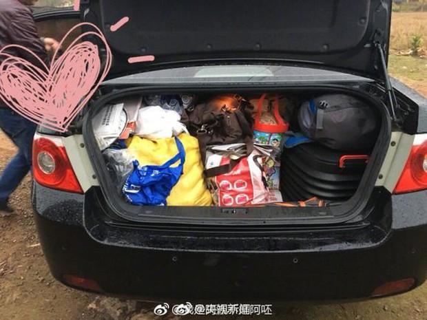 Trở về thành phố sau Tết, những người con xa quê còn mang theo nhiều món ăn nặng trĩu tình yêu của cha mẹ - Ảnh 4.