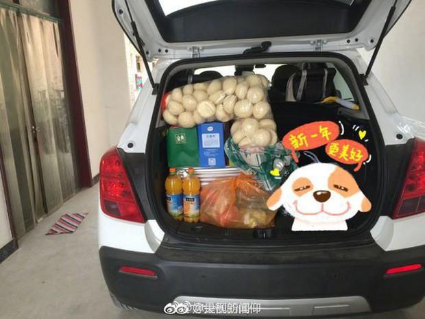 Trở về thành phố sau Tết, những người con xa quê còn mang theo nhiều món ăn nặng trĩu tình yêu của cha mẹ - Ảnh 7.