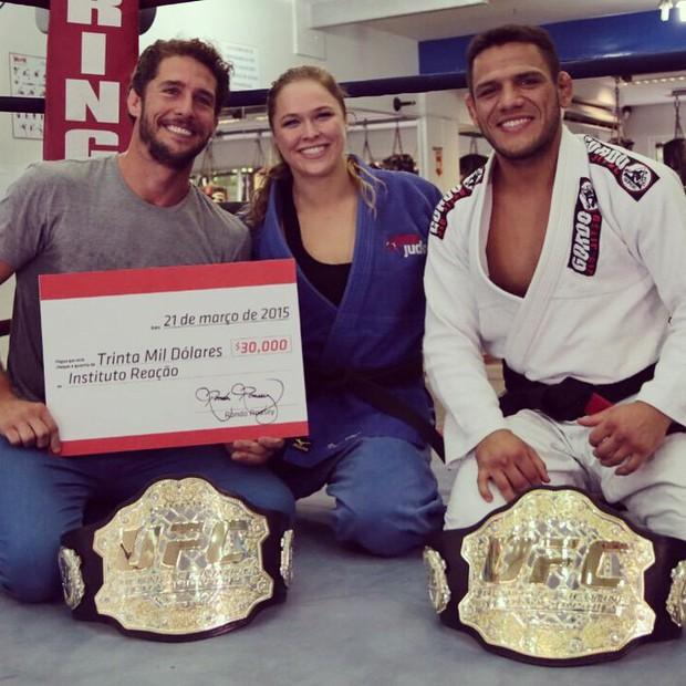 Ronda Rousey: Chuyện hậu trường của mỹ nhân mạnh mẽ nhất làng võ UFC - Ảnh 5.