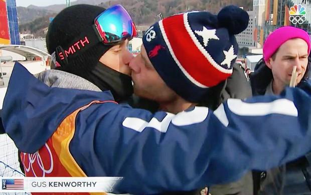 Vận động viên trượt tuyết Mỹ giải cứu 90 chú chó được nuôi lấy thịt, đóng cửa cả trang trại chó khi đang thi đấu tại Hàn Quốc - Ảnh 7.