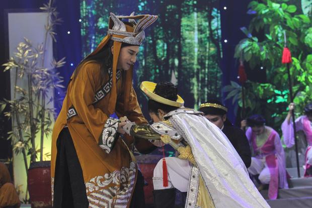 Học trò Kim Tử Long lên ngôi Quán quân Đường đến danh ca vọng cổ mùa 2 - Ảnh 7.