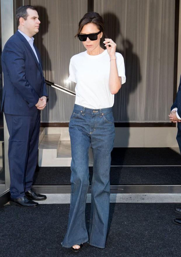 """Victoria Beckham giữ quần jeans lên phom đứng dáng bằng cách """"lười"""" giặt - Ảnh 3."""